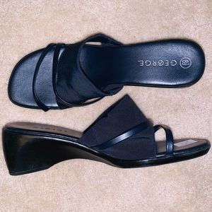 90s Navy Square-Toed Sandals